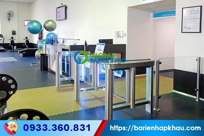 Trang trí phòng tập gym siêu sang trọng với Flap Barrier, Flap Turnstile