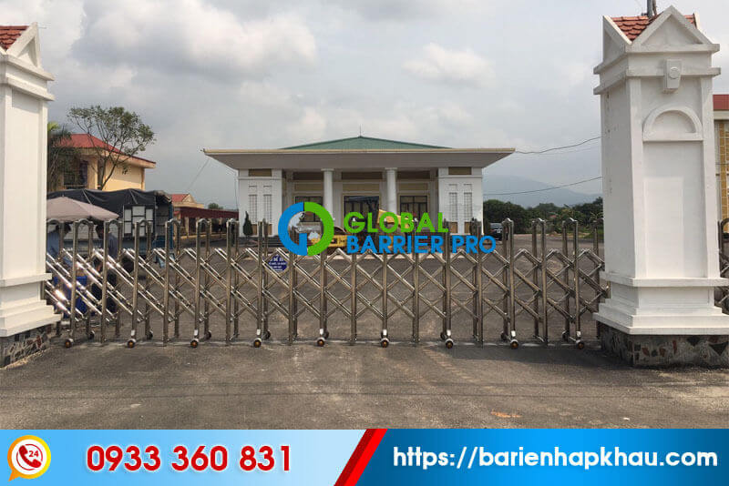 lắp đặt cổng xếp Nha Trang